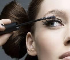 Mascara and eyelier